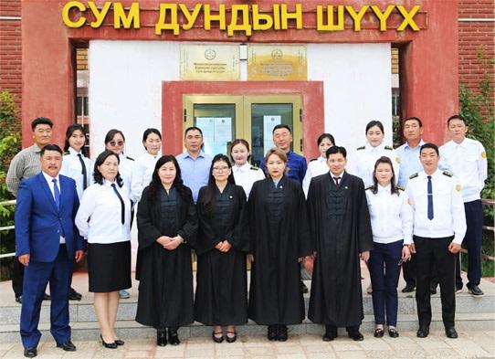 http://kharkhorincourt.gov.mn/taniltsuulga/6.jpg